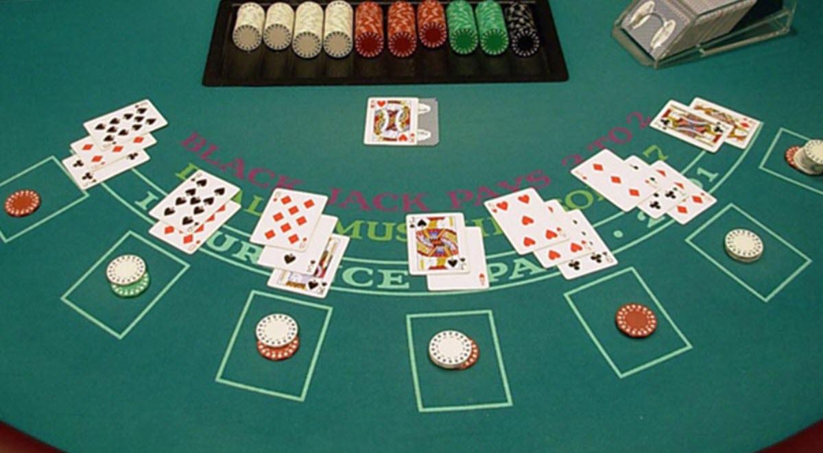 du kan spela black jack på online casino